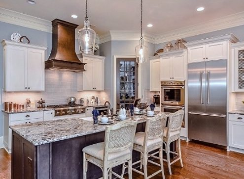 Avignon Plaza Model Kathy Andrews Interiors Silver Winner 800k to 900k-.large_Kitchen8