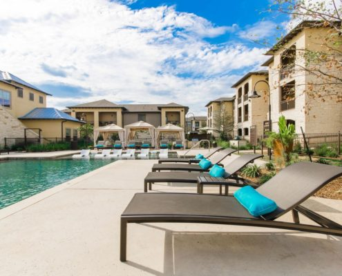 Kathy Andrews Interiors Multifamily Leasing and Amenity Center Grand at the Dominion Outdoor 4