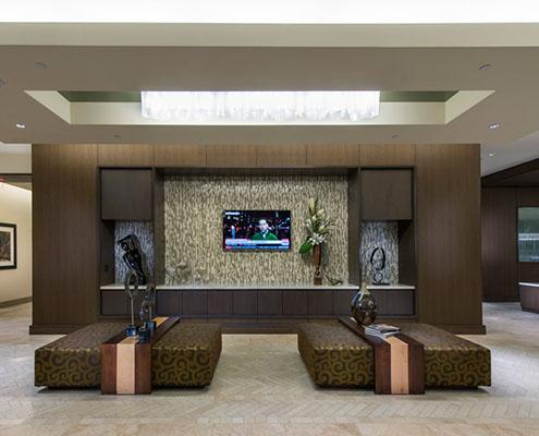 Multifamily Interior Design Kathy Andrews Interiors Hanover Post Oak Multifamily Leasing and Amenity Center lobby