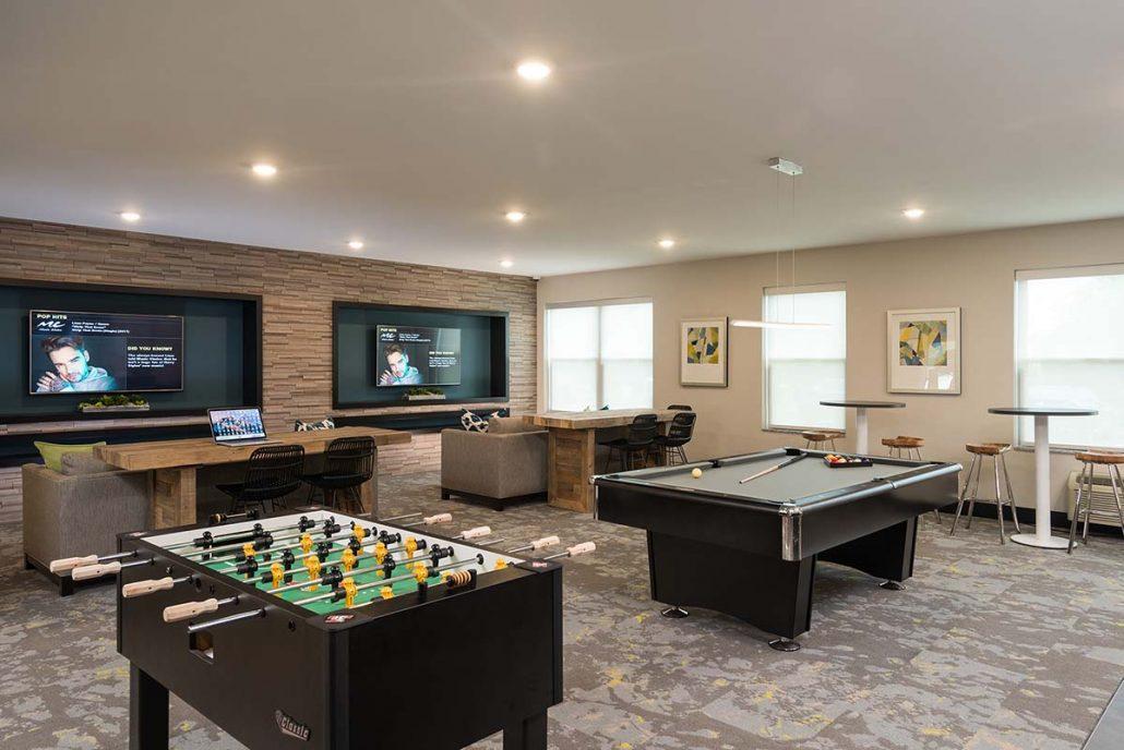 Garden Games Room Bar