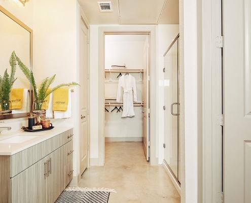 Kathy Andrews Interiors Multifamily Interior Design Model Units The Guthrie Bathroom